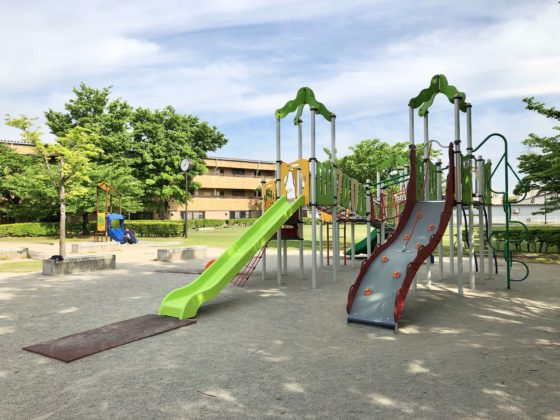 遊びの広場の遊具
