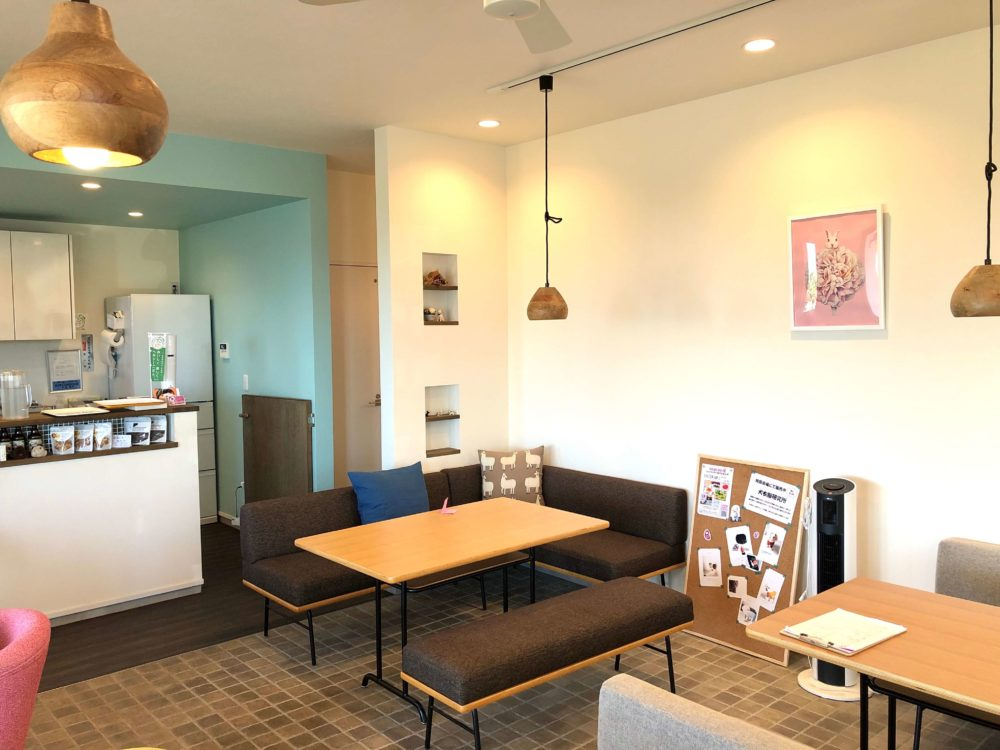 CAFE SHU BEANS カフェシュービーンズの店内