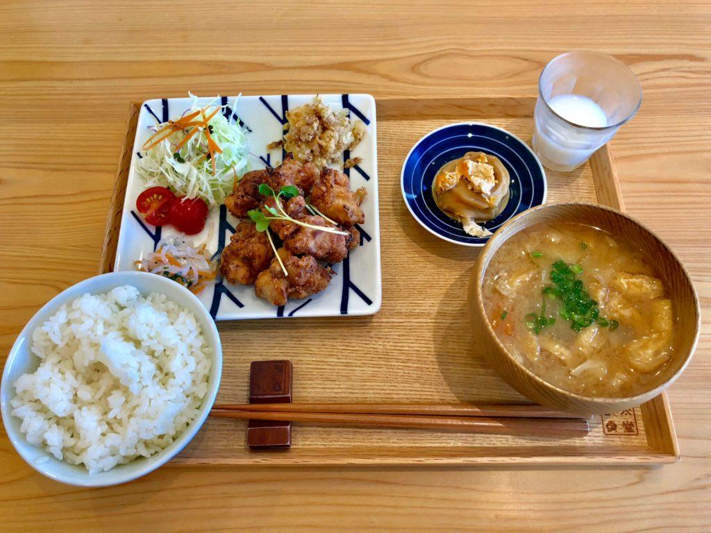 お米食堂の国産若どり醤油麹漬から揚げ定食