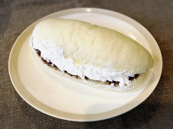 黒と白のあんバターホイップ