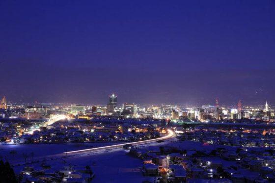 呉羽山展望台の夜景