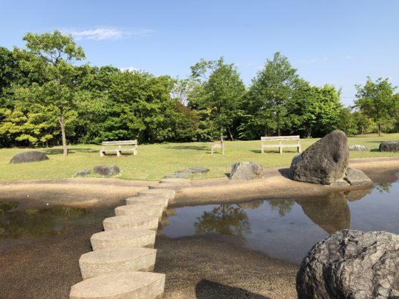 北代緑地の池