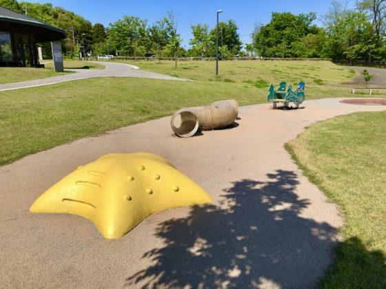 幼児遊び場の遊具