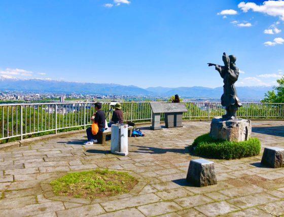 呉羽山公園展望台の雰囲気
