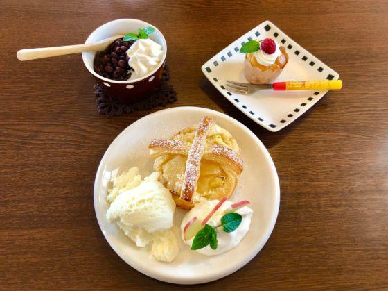 白玉クリーム、アップルパイ、カップケーキ