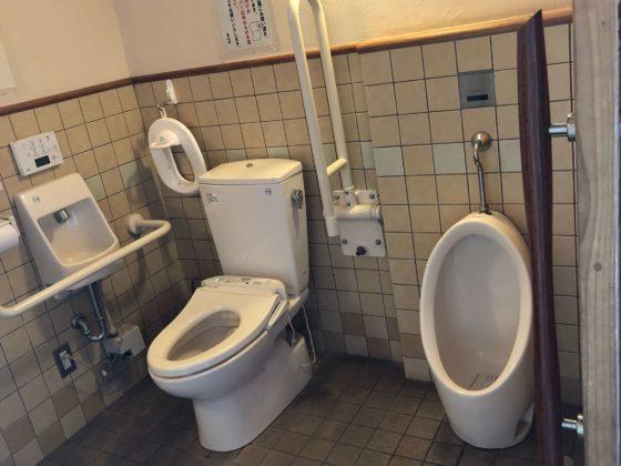 北代緑地のトイレその2