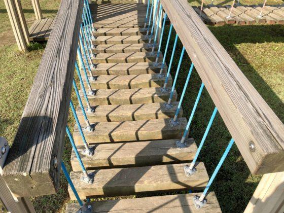 吊り橋を上から見たところ