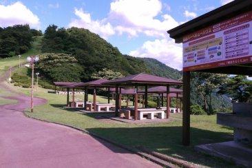 猿倉山森林公園バーベキューハウス