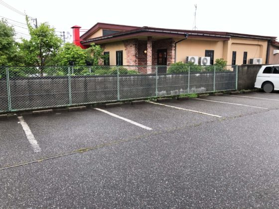 駐車場(お店の前)